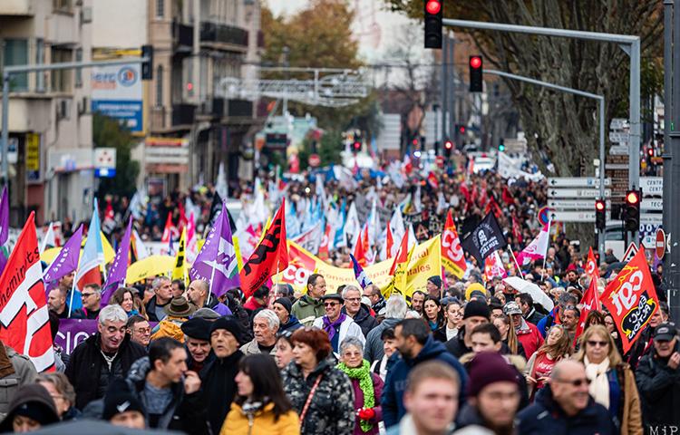 Grèves : quelles mesures d'accompagnement de la part de l'État ?